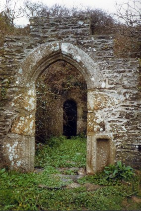 Holy Well, Cubert